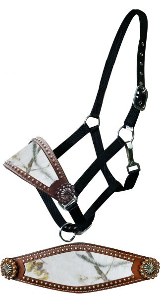 Adjustable nylon bronc halter with winter camo noseband.